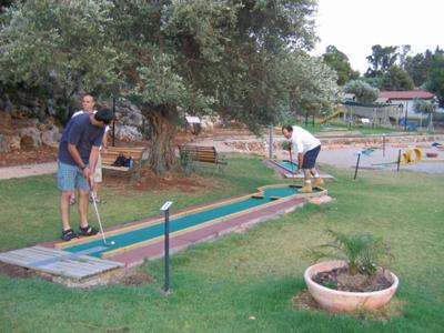 מיני גולף פארק פרוד